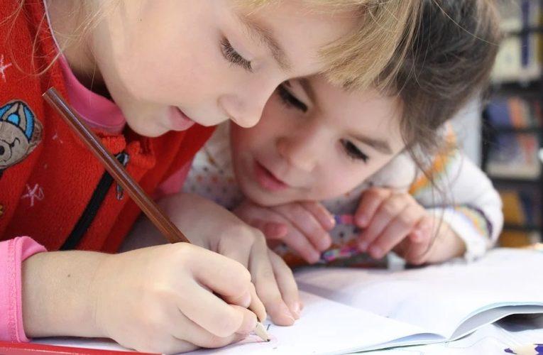 Более чем 10 школах Днепропетровщины зафиксировано несоблюдения противоэпидемических мероприятий