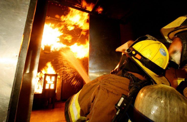 В Днепре в доме на проспекте Мира горела шахта лифта