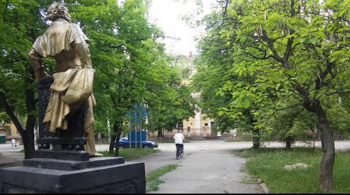На Днепропетровщине завершается реконструкция старейшей улицы