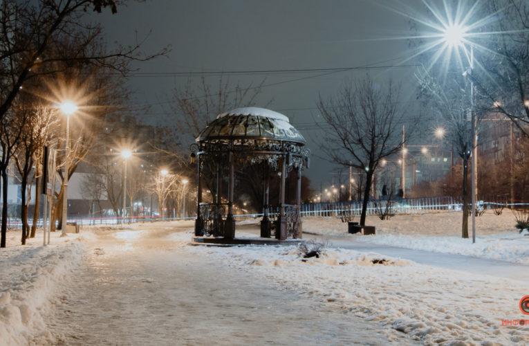 Снег в Днепре: на дорогах работает 70 спецмашин