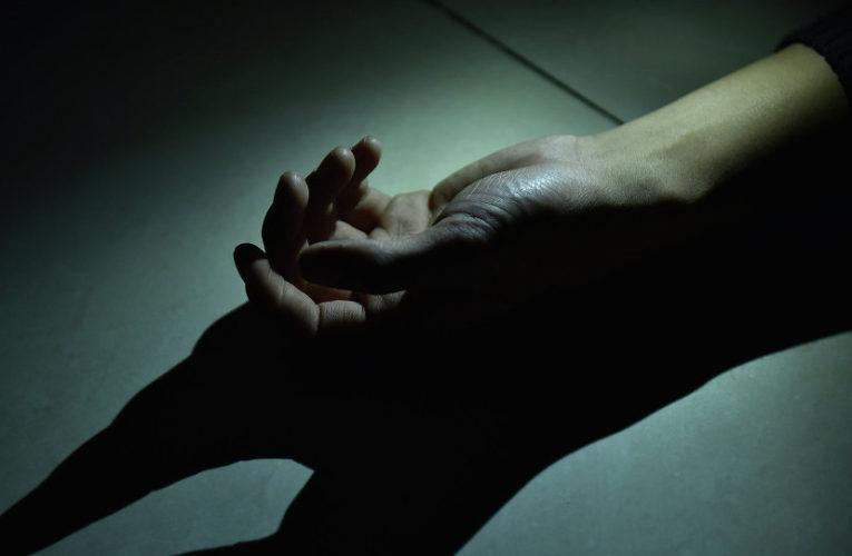 В Днепре в гаражном кооперативе нашли окровавленный труп мужчины