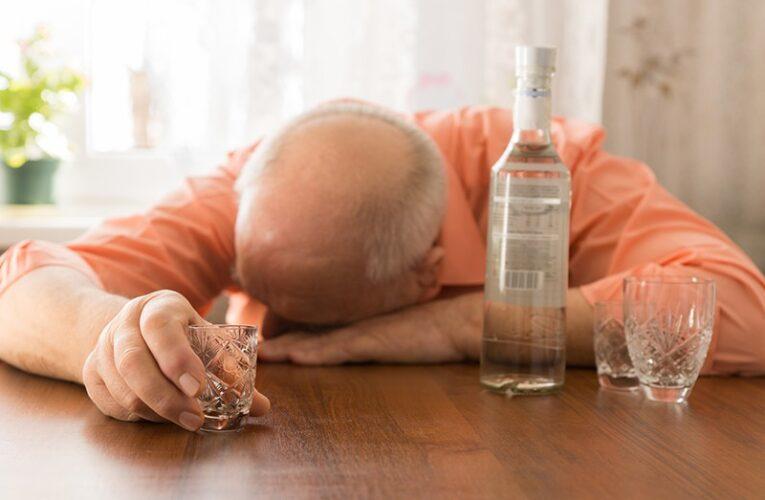 В Днепре пьяный пенсионер напал на знакомого