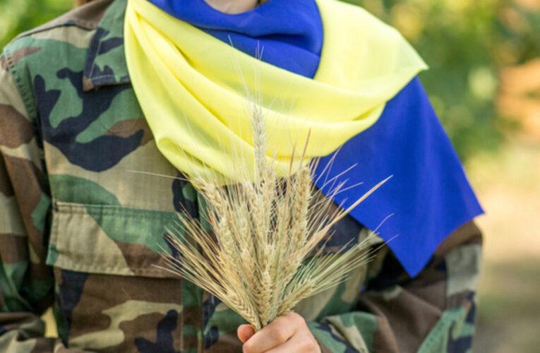 В Днепре прошел Марш защитников и защитниц Украины